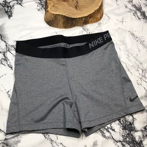 Nike Pro Fitted Charcoal Shorts Black Waistband L